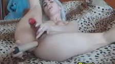 Amateur Webcam Babe Fucking Pussy With A Dild