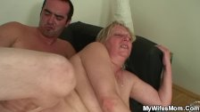 Horny girlfriends old mom seduces me