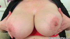 UK's hottest BBW milf Jayne Storm fucks dildo