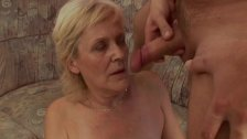 Granny gets a good cock in pussy