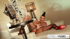 Jezebelle Bond works her pussy