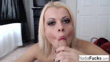 Nadia White smokes an e-cig and a pole