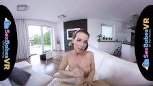 SexBabesVR - Retrolisious with horny Milf Caroline Ardolino - duration