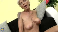 - Huge titted blonde gra...