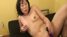 asian-wife-clit-mature-women-spread-pussy