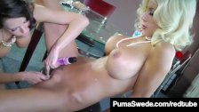 1960's Duo Puma Swede & Veronica Avluv Do A Pussy Pie Bake!