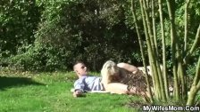 Wife finds her old mom and BF fucking in the garden