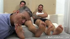 Mature perv sucking younger jock toes