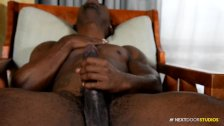 Sexy Amateur Big Dick Muscle Hunk Black Guy Masturbating