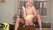 Blonde jerk off instructor Chloe Toy teases in nylons heels masturbating