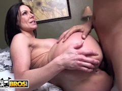 BANGBROS - Big Ass MILF Kendra Lust Fucked By