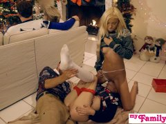 My Family Pies - Horny Sisters Get Brothers Cock For Xmas S1:E2