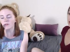 Wild Lesbians Eats Each Other Pussy Live On Cam