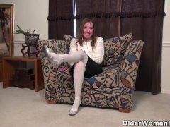 American Milf Terri Gets Naughty In White Nylon