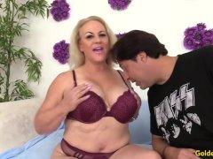 Lustful Older Slut Summer Blows A Dude And Makes Him Fuck Her