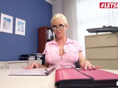 Letsdoeit - Assistant In Nerdy Female Glasses Gets Spread By Janitor's Bbc