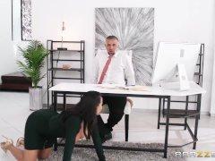 Office 4-play Latinas Edition