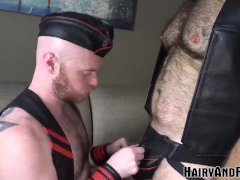 Hairyandraw Burly Chris Wydeman Rides Raw Cock In Leather