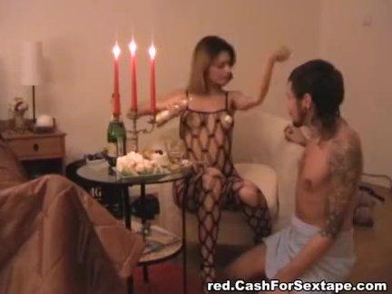 Русский горячая любит сетки и секс