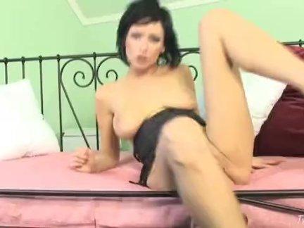 Красивый утренний секс сладкой пары с кунилингусом и минетом