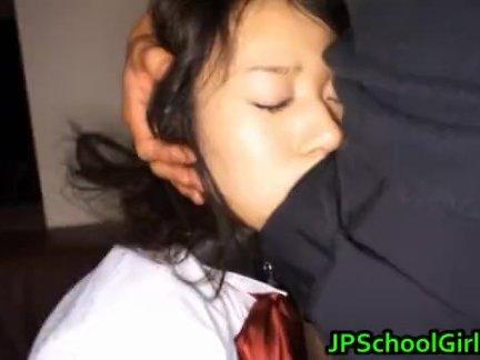 Айка Нос горячая японская школьница