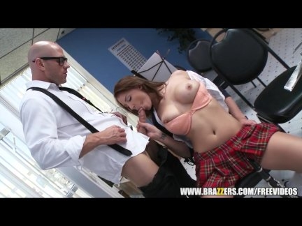 Sexy redhead music student gets extra credit - brazzers