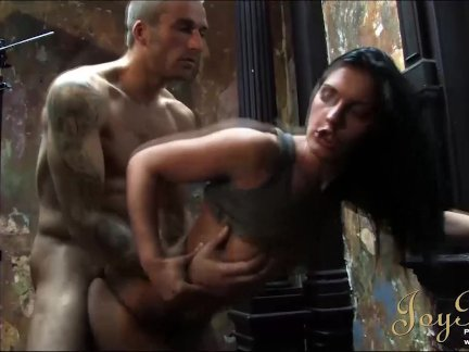 Жойбеар сексуальная фотосессия