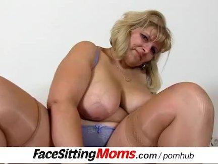Большие сиськи пожилые женщины куннилингус подвиг. анна