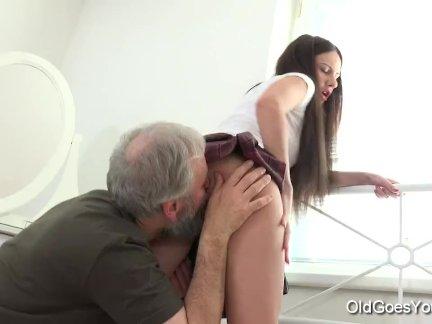 Нейкита имеет самый удивительный секс