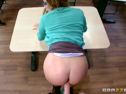 Ariella Ferrera Sucks Students cock - Brazzers