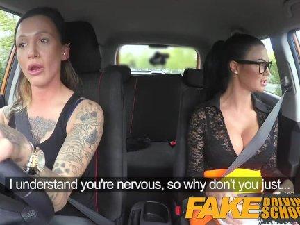 Поддельные вождение школа сексуальный ремешок на удовольствие для новый большой сиськи водитель