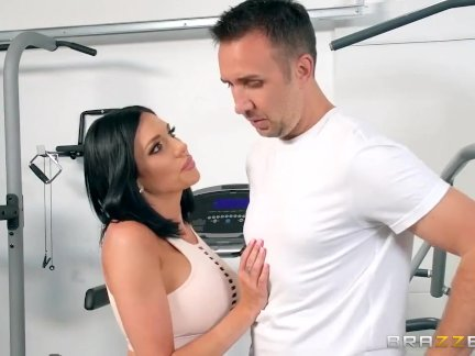 Image Brazzers – Squatting On That Dick