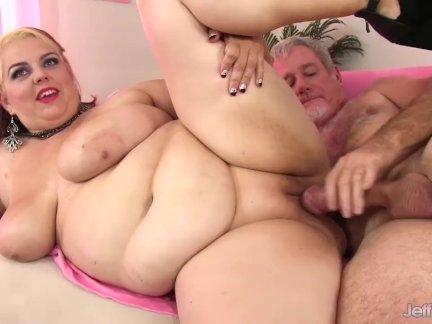 Супер горячая толстушки грудастая белла хардкор с жирная член