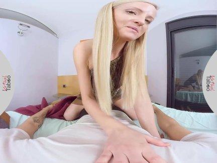 ლ(▀̿̿Ĺ̯̿̿▀̿ლ) Porno Realidade Virtual Flagra Loira Gostosa Tocando Siririca