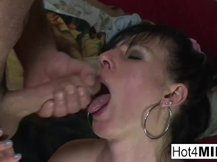 Big tit brunette MILF is rewarded with a facial