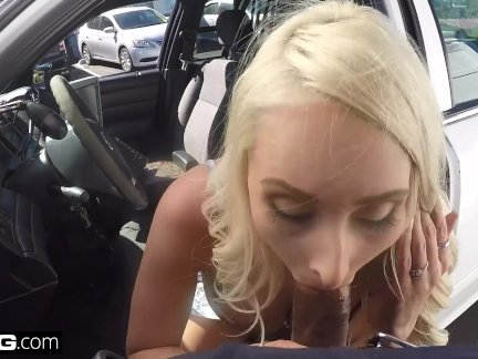 Caught on CCTV! Wife sucks off cop to get her husband off