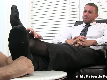 Девиантный бизнесмен Рэй ноу-ти лизали во время мастурбации