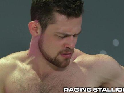 Рагингсталлион большой член мышцы красавчик заткнись и ебёт мне жестоко