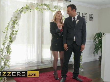 Муж и невеста будут обучаться горячей от первого лица в предварительной свадьбе-знакомства