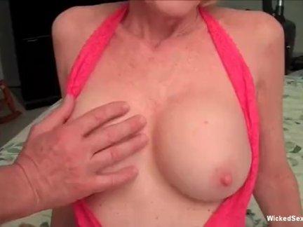 Реальный секс с большой время бабушка шлюха