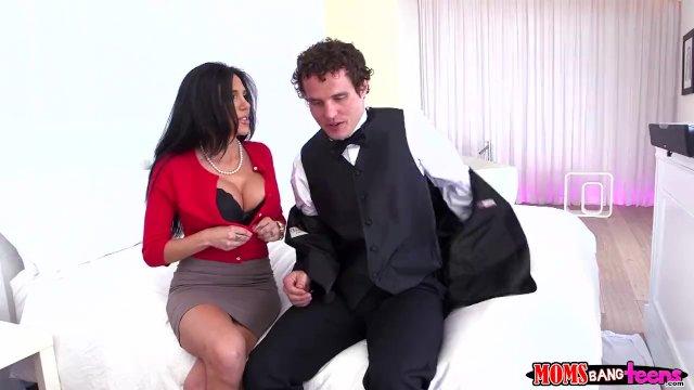 Zadarmo prvýkrát análny sex príbehy