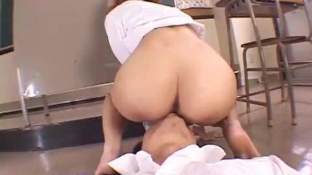image Aya sakurai puts cream on slit in classroom