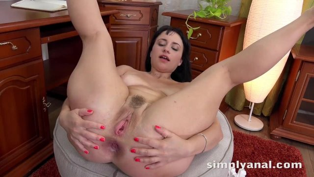 Simplyanal - Russian babe Tanika gets a good hard anal fucking and creampie - sex video