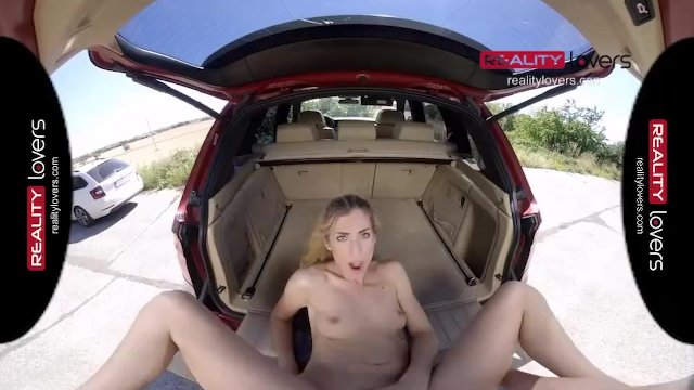 RealityLovers - Teen Babe loves Public Fuck