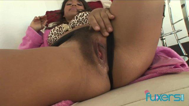 Latina babe Laurie Vargas BBC