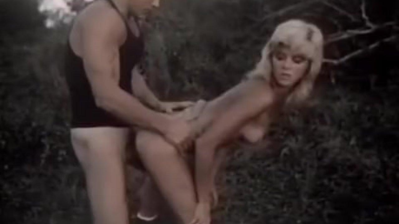Outdoor vintage movie - RedTube