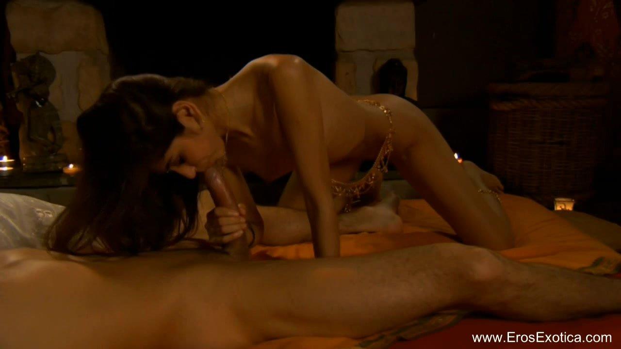 Камасутра минет обновление секса, фото сексапильных голых женщин