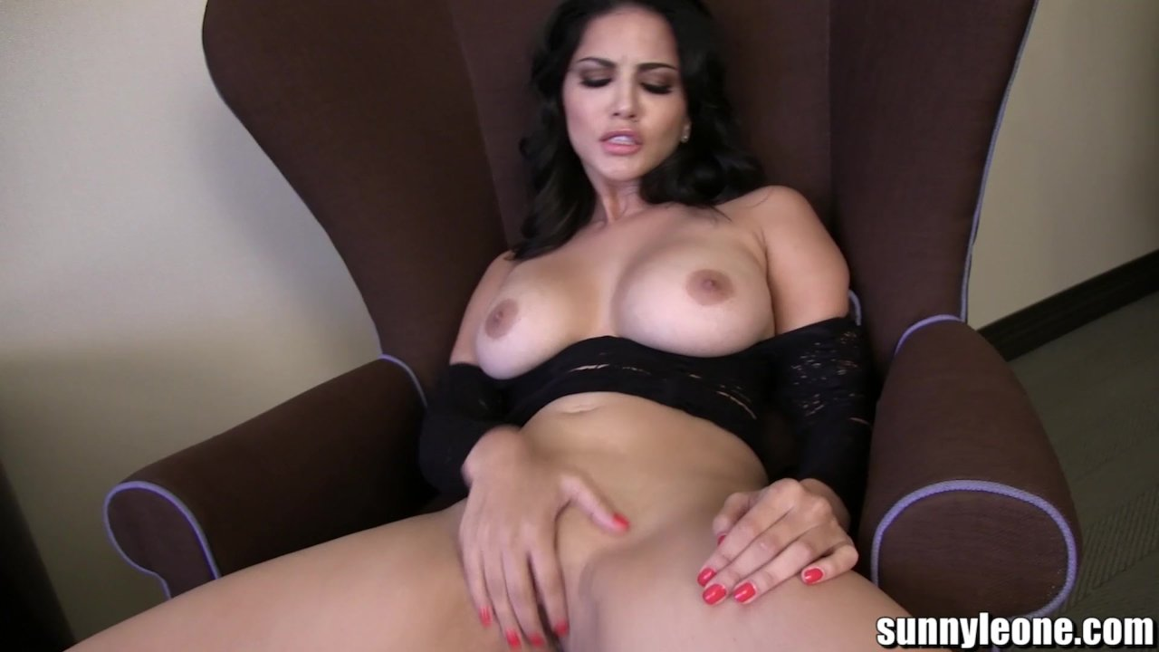 Sunnyleone Sunny Leone In A Sexy Strip Tease Redtube Free Celebrity Porn