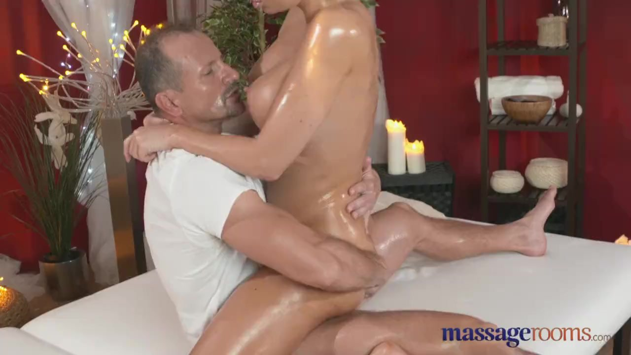 Big Tit Creampie Squirt