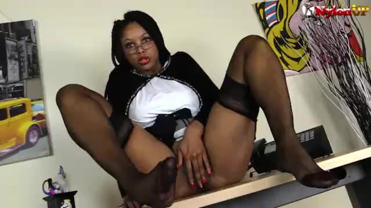 Black girl in stockings squirts like crazy
